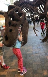 2019-10-14-DinoEating