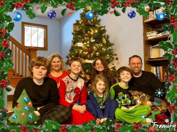 Miller-Christmas2019-TreePic